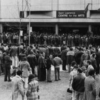 #64 1-2 1975 12 Comunidade - Spinola em Toronto.jpg