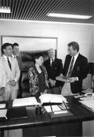 Mayor Art Eggleton handing gift to Portuguese gold medalist Rosa Mota